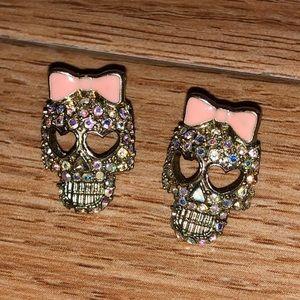 Jewelry - Skull & Bow Earrings